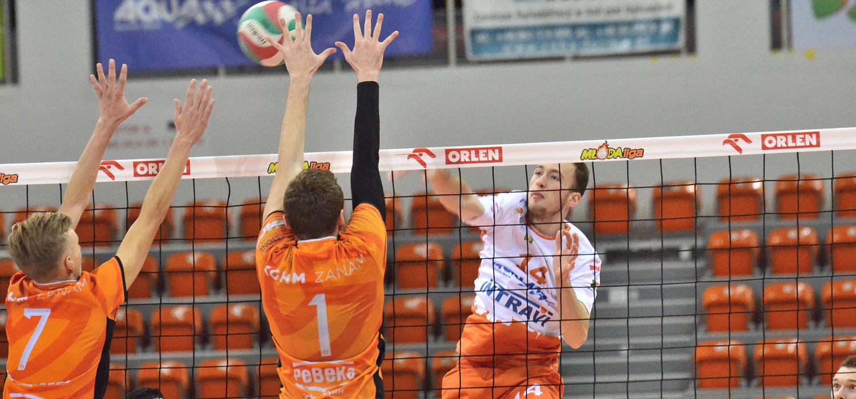 Trener BBTS Paweł Gradowski mile zaskoczony skutecznością ataku swojej drużyny